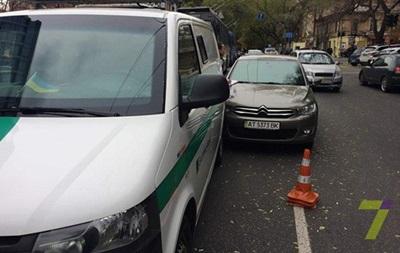 В полиции объяснили стрельбу по авто в Одессе