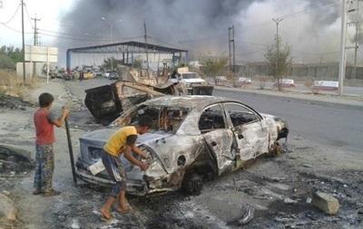 ВИраке вполицейской машине взорвались женщины идети, бежавшие отИГ