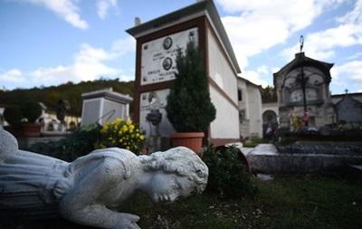 Итальянский священник назвал землетрясения  Божьей карой  за гей-браки