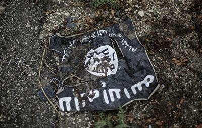 СМИ: В Ираке с миллионами долларов сбежали командиры ИГИЛ