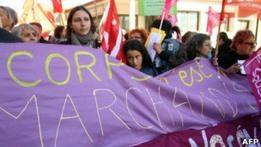 Франция собирается наказывать клиентов проституток