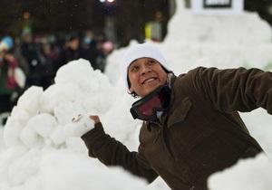 В Сиэтле в снежной битве участвовали почти шесть тысяч человек