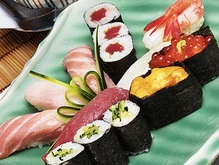 Большая популярность суши грозит вымиранием тунцу
