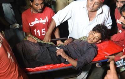 Взрыв в мечети Пакистана: число жертв превысило 50