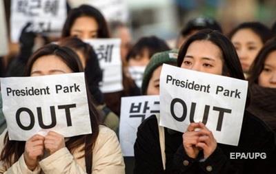 В Южной Корее впервые допросят президента