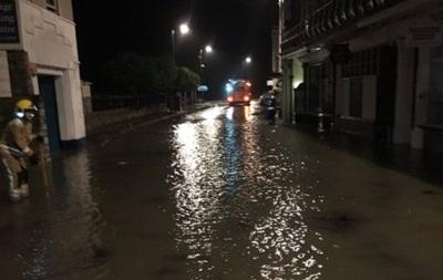 На юг Англии обрушился шторм Ангус