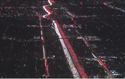 Беспилотник заснял огромную пробку в Лос-Анджелесе