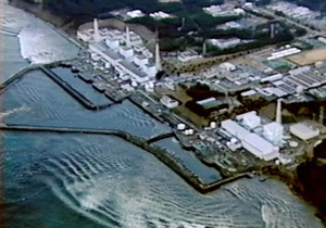 Радиация - С АЭС Фукусима-1 ежедневно утекает в океан около 300 тонн зараженной воды