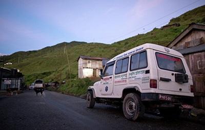 В Непале при падении джипа с обрыва погибли семь человек