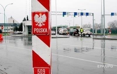 В очередях на границе с Польшей стоят более 1300 авто