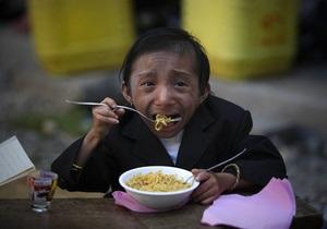 Житель Непала признан самым маленьким человеком в мире