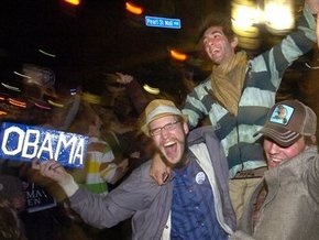 Победу Обаме обеспечила молодежь и люди среднего возраста