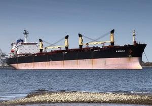 У берегов Сингапура потерпело крушение судно с украинцами на борту