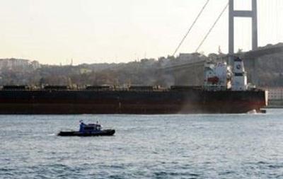 Босфор закрыли из-за аварии на танкере