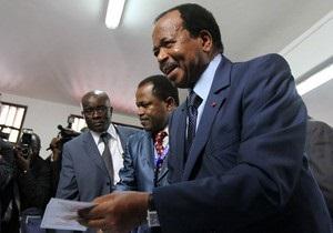 В Камеруне на выборах застрелили двух полицейских