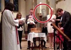 Британка увидела на фото призрак своего покойного мужа