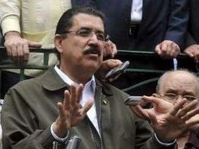Свергнутый президент Гондураса возвращается в США