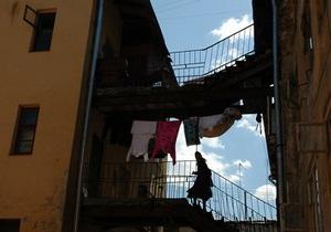 Жители столичного массива Нивки три недели остаются без горячей воды