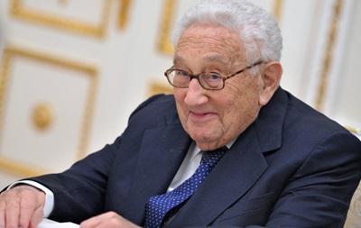 Песков назвал Киссинджера одним измудрейших политиков мира