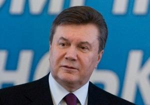 Янукович стал курсантом Херсонского морского института