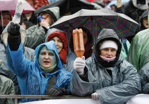 СМИ: На Майдане собрались уже 10 тысяч человек