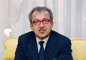 Глава МВД Италии задумался о том, есть ли смысл оставаться частью ЕС