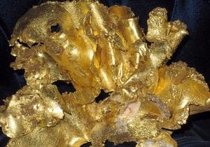 Унция золота подешевела на $100 всего за один день