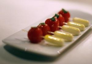 Итальянские ученые выяснили, что помидоры и красные апельсины препятствуют ожирению