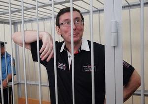 Экс-замглавы МВД заявил о невиновности Луценко: Я 25 лет проработал в милиции и кое-что знаю