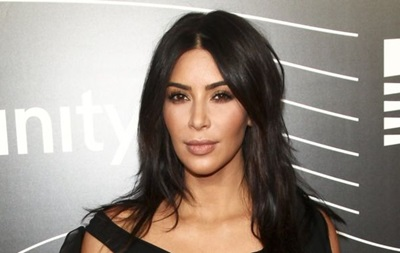 Ким Кардашьян встретила неопытных преступников впеньюаре