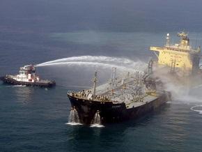 У берегов Малайзии столкнулись танкер и сухогруз, девять человек пропали без вести