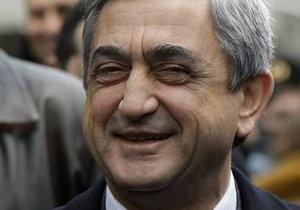 Президентские выборы в Армении: предсказуемо лидирует Саргсян