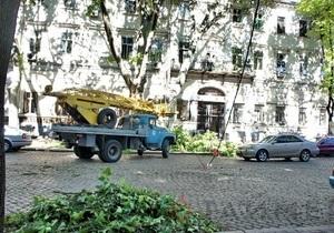 ураган в Одессе - Кабмин пообещал предоставить Одесской области помощь для борьбы с последствиями урагана