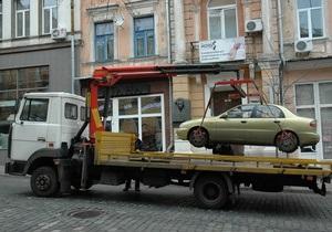 В КГГА уверяют, что эвакуаторы в Киеве пока применять не будут