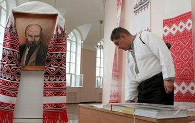 Рада рассмотрит закон обиспользовании украинского языка