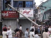 Ураган в Мьянме: Без крова остались более миллиона людей