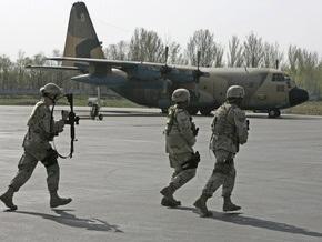 В бишкекском аэропорту Манас открылся центр транзитных перевозок США