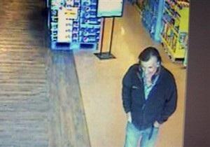 Полиция обнародовала фото второго подозреваемого в покушении на конгрессмена Гиффордс