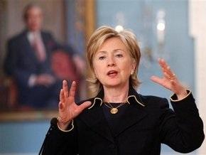 Клинтон: США разрабатывают стратегию по борьбе с пиратством