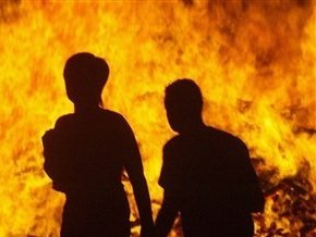 Шесть человек заживо сгорели в ходе столкновения между мусульманами и христианами в Пакистане
