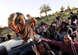 СМИ: Алжир отказывается предоставить убежище Каддафи
