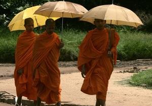 В Китае трех буддистских монахов будут судить за содействие самосожжению