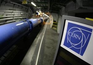 Теория Эйнштейна устояла: Ученые объяснили сверхсветовые нейтрино техническими неполадками