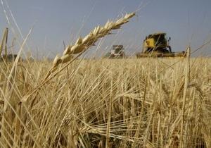 Азаров заявил, что Украина может отменить квоты на экспорт пшеницы