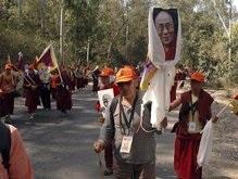 Китайские войска оцепили монастыри в Тибете