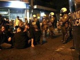 Столкновения в Греции: Ультраправые напали на участников митинга против расизма