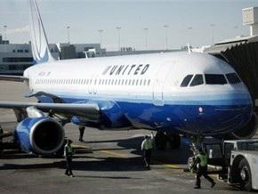 Британская полиция задержала пьяного пилота компании United Airlines