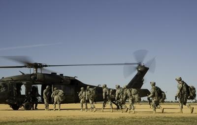 США для противостояния России перебросили вГерманию 49 военных вертолетов