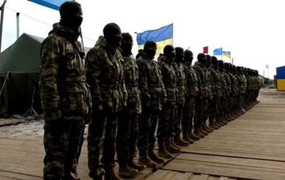 Неизвестные напали набойцов ВСУ уграницы сКрымом