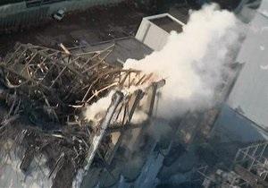 Оператор Фукусимы-1: Часть топливных сборок на четвертом реакторе станции повреждена